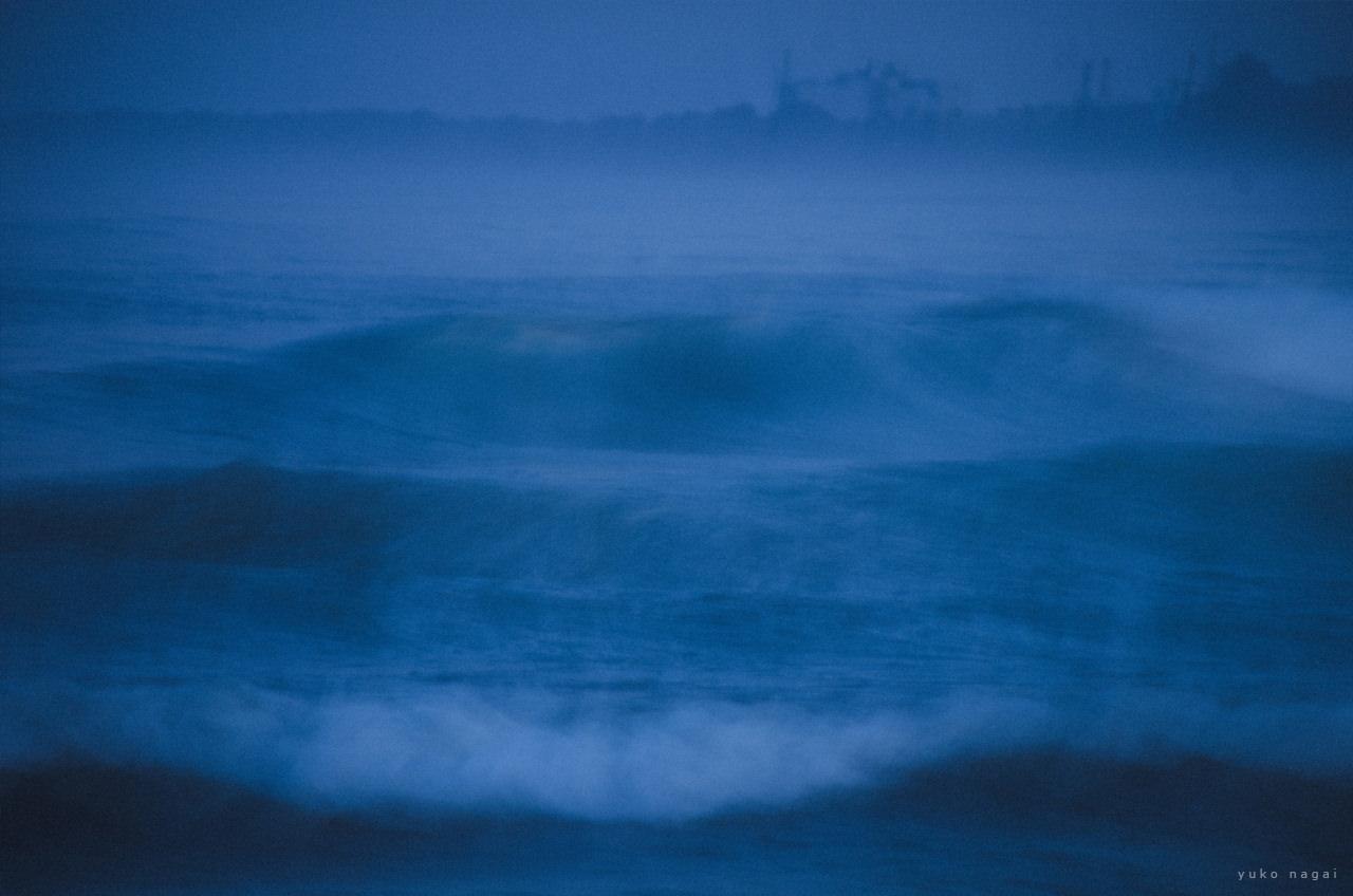 Ocean waves in blur.