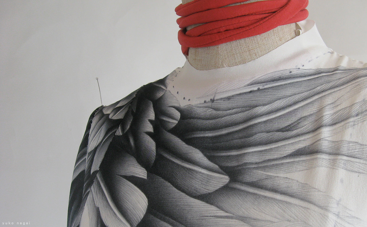 Assembling dyed silk dress.
